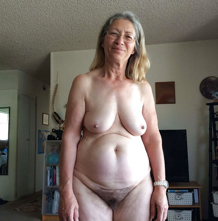 Фото старых голых дам
